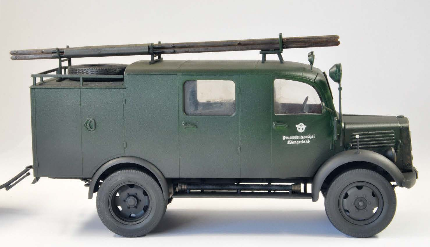 ICMs L1500S LLG - WW II German Light Fire Truck